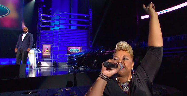 "tamela mann - performance of ""Take Me to the King"""