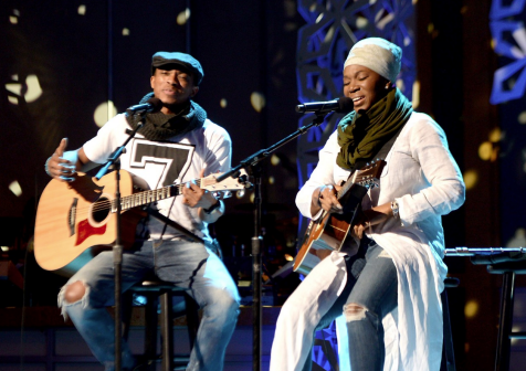 Jonathan Mcreynolds Taps India Arie For Quot Whole Quot Duet New