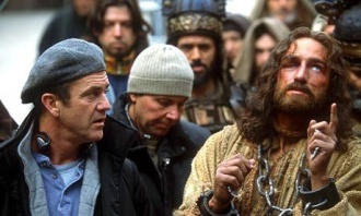 Mel-Gibson-and-Jim-Caviez-passion-of-the-christ