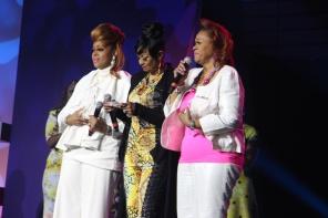 Kierra Sheard, Keke Wyatt, Yolanda Adams & More Sing Tribute to The Clark Sisters [Exclusive Video]