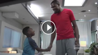 kevin-durant-surprises-fan