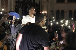 Jonathan McReynolds Kicks Off Life Room Tour in Philly [EXCLUSIVE VIDEO]