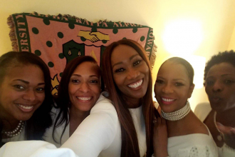 yolanda-adams-aka-sorority