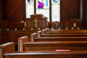 Report: People Who Attend Church Are Happier Than Those Who Don't