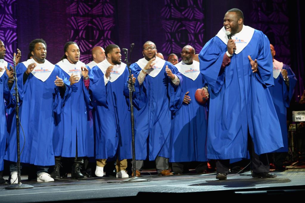 nfl-players-choir